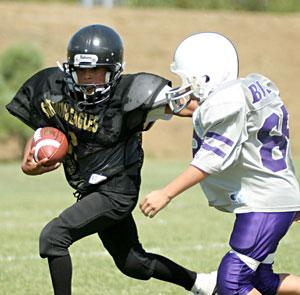 031013-football