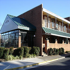 070214 city tavern